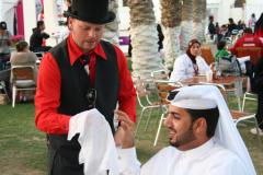susan-peter-magicman-qatar-close-up